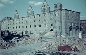 Zeughausruine 10. Mai 1944, Foto: G. H. Worch